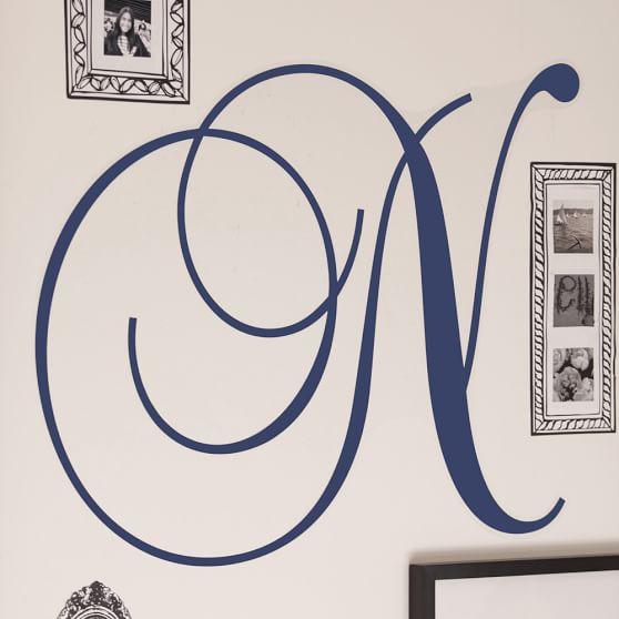 Cursive Letter White, Baroque Script