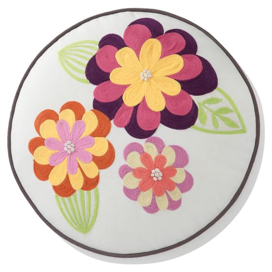 Fresh Flowers Round Pillow Cover, Warm