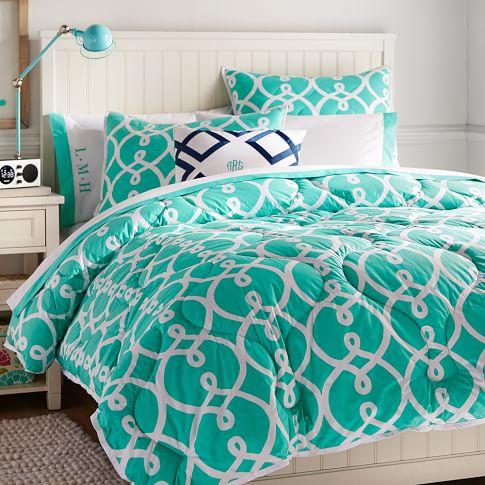 Totally Trellis Comforter, Full/Queen, Pool