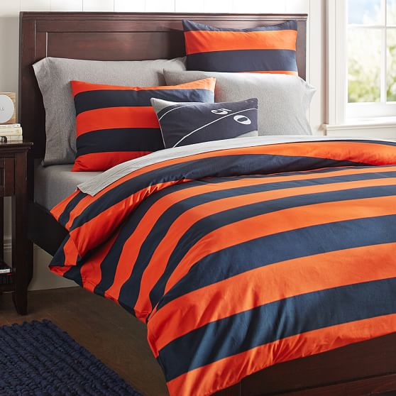 For a livelier look, check out our pattern duvet covers for everything from classic stripes to beautiful florals. Find solid or patterned prints in our collection of cozy flannel duvet covers. They're a great way to add an additional layer of warmth.