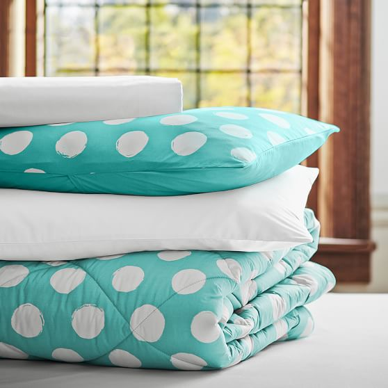 Dot Chic Essential Value Bedding Set, Full/Queen, Pool