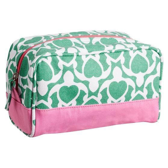 Cape Cod Sleepover Toiletry Bag, Green Turtle